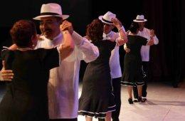 Tradiciones, música, cine y algo más... A-Pantalla y St...