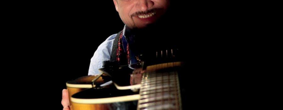 Ornelas. A punta de guitarra y sax