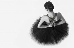 El Ballet de Jalisco presenta el estreno mundial de: Carm...