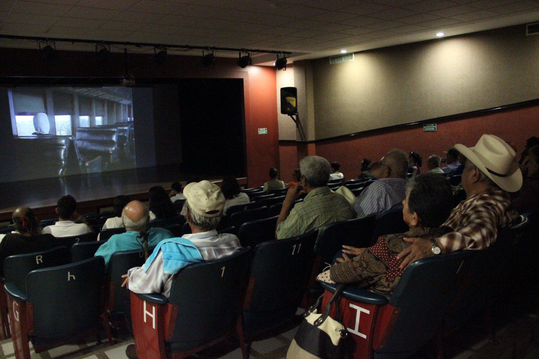 Panel sobre la historia del Cineclub de Biblioteca