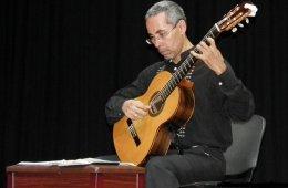 Concierto de guitarra clásica con Sergio Fuentes Oseguer...