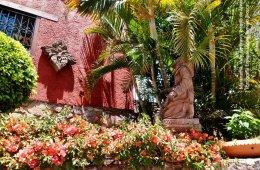 Santuario de Maranatha y Valle de Bravo. Estado de Méxic...
