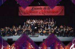 Orquesta típica de la ESMUMEX