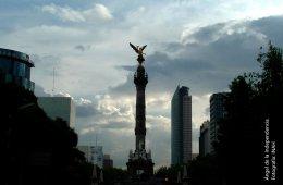 Paseo de la Reforma y Ángel de la Independencia. Ciudad ...