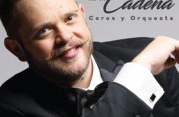 Rodrigo de la Cadena cantando los éxitos del Festival OT...