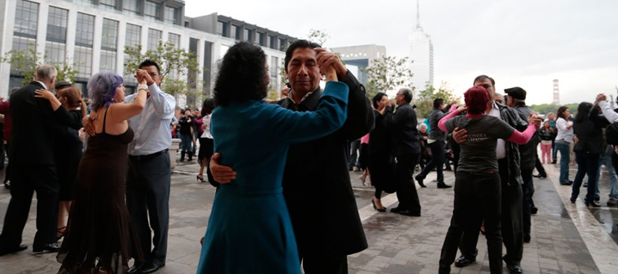 Baile Popular con la DanzoneraDigital