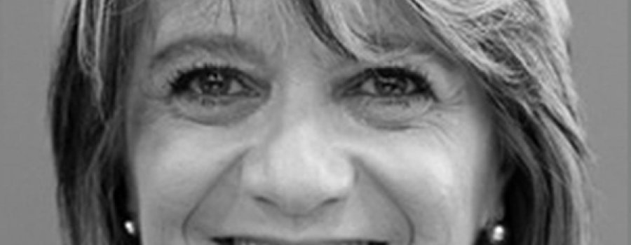Homenaje Nacional de Periodismo Cultural Fernando Benítez, reconocimiento a Adriana Malvido