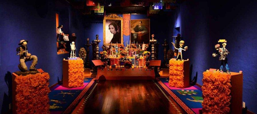 Altar for Alfonso Caso and Carmen Carrillo de Antúnez