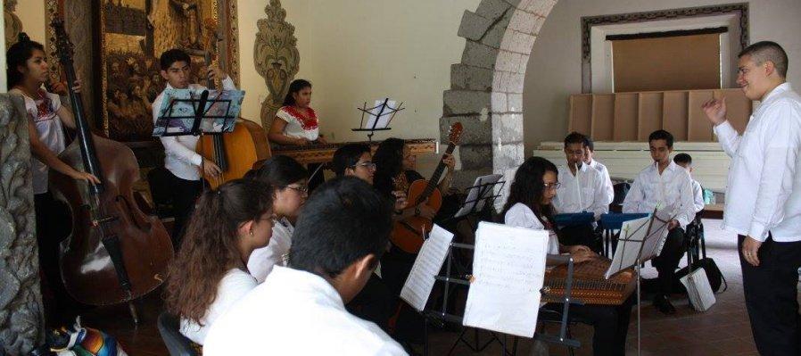 Concierto con la Orquesta Típica Añoranzas