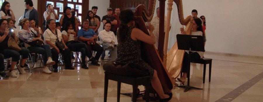 Recital by the Harp Ensemble of Carlos Chávez School Orchestra