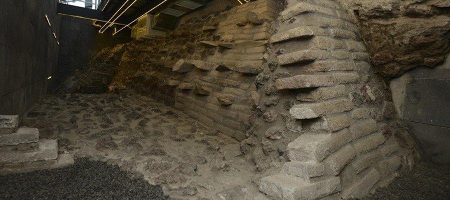 Conoce el gran basamento mexica en la zona del Templo Mayor