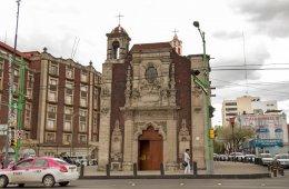 A cada capilla le llega su fiestecita: Centro Histórico,...
