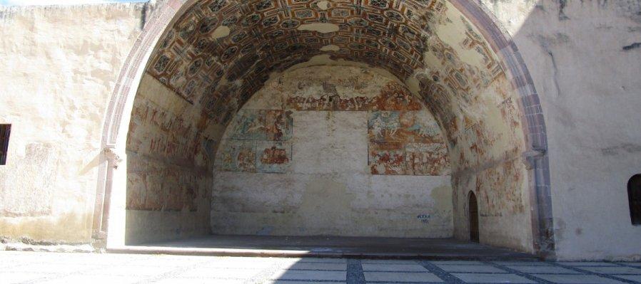 Conoce la capilla abierta del Ex Convento de San Nicolás de Tolentino en Actopan