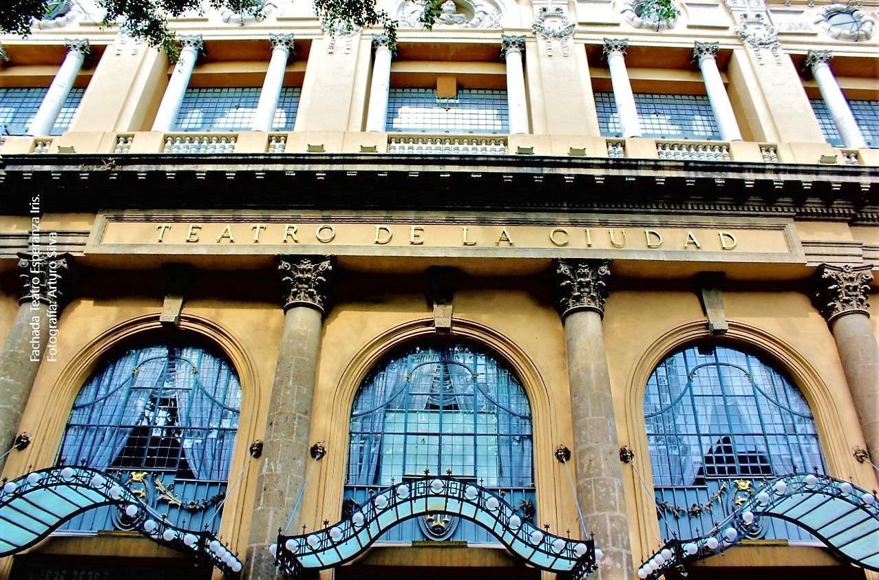 Entre tramos y bastidores. La ruta teatral de la Ciudad de México. Centro Histórico