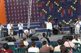 Escucha el sonido del reggae maya con el Grupo Chan Santa...