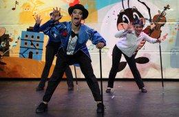 Las Danzas del Mundo con Crí-Crí