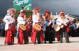 Ensamble de música tradicional de cuerdas tsotsiles
