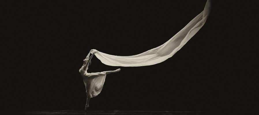 Contemporary Dance: Experiencing the Movement