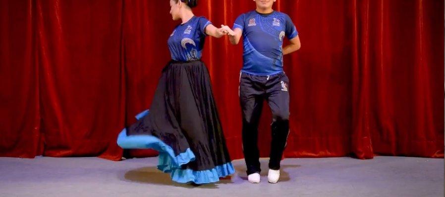 Taller de danza Folclórica por el BAFQROO