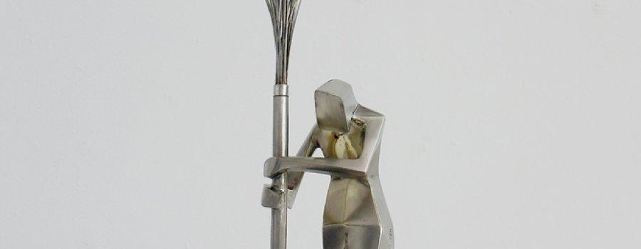 Del trazo a la escultura