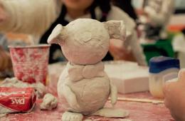 El Niño Dibujante y Escultor