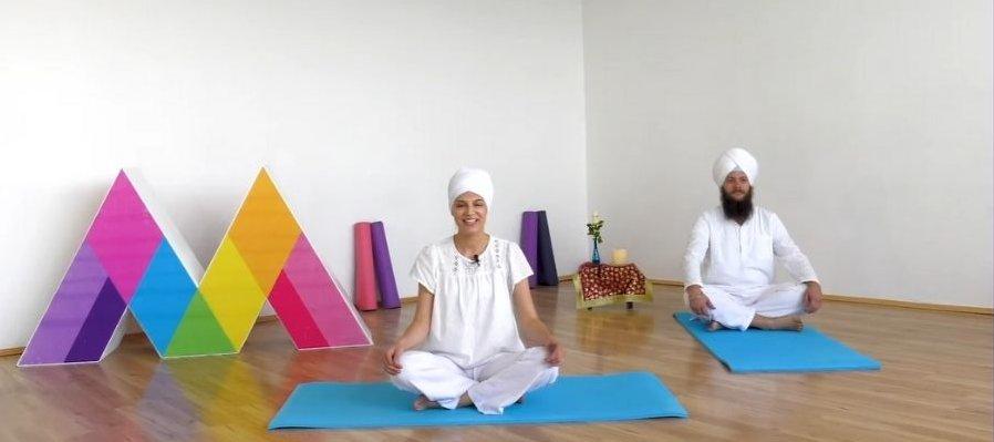 Clase de yoga: Ejercicios para liberarte de enfermedades