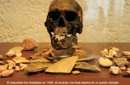 Exhiben la reproducción del cráneo fósil del Hombre de...