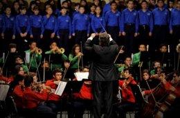 Esperanza Azteca Symphonic Orchestra Concert