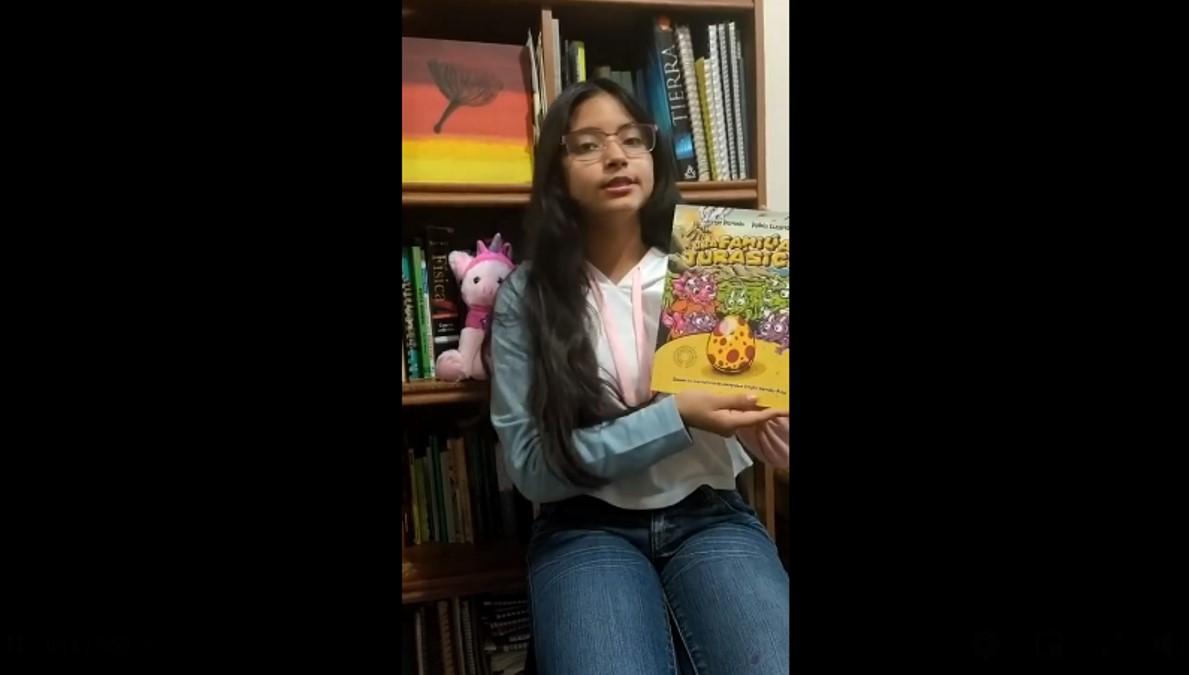 Letras y autores desde casa. Lectura del libro: Familia Jurásica