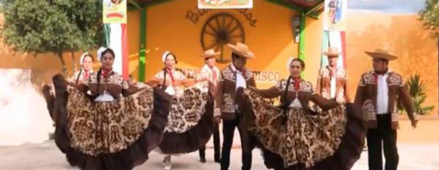 Danza folclórica: Ballet Folklórico Coahuitl, desde Monclova, Coahuila