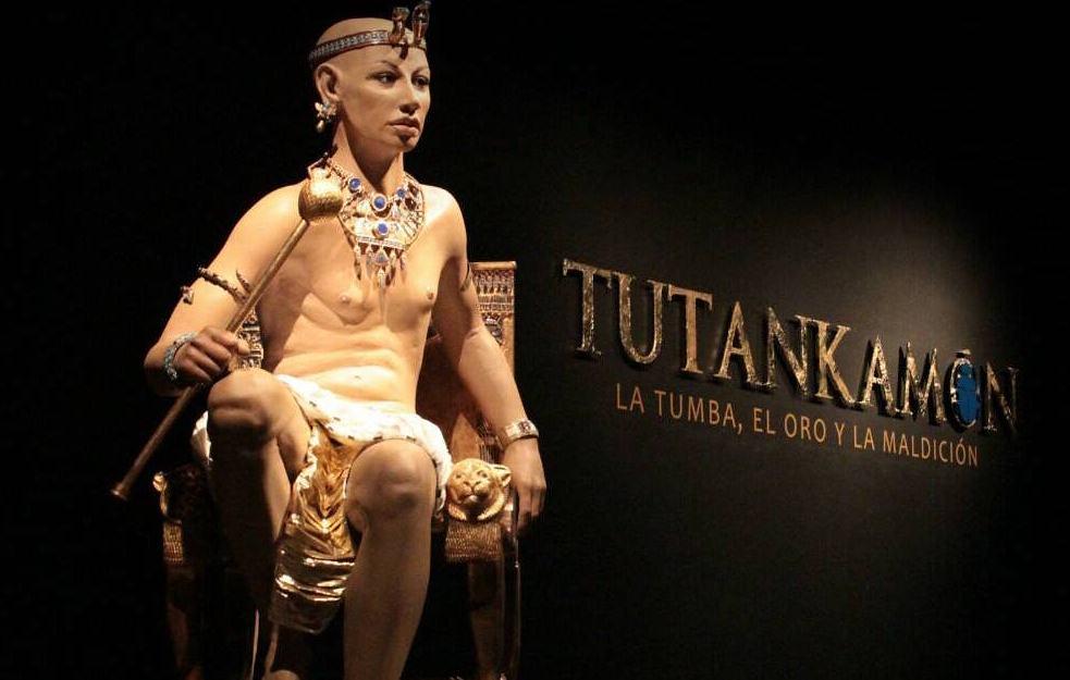 Tutankhamun: Tomb, Gold and Curse