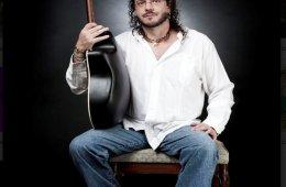 Sesiones Acústicas con Fernando Delgadillo