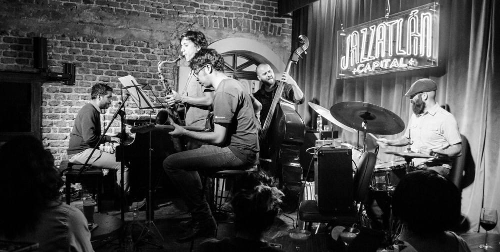 Noche de Jazz: Alonso Lopez Valdés Quinteto