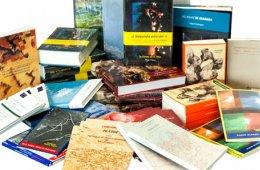 Promoción de nuevos títulos y exposiciones de libros y ...