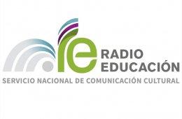 Noticiario Pulso de Radio Educación. Letra ese.