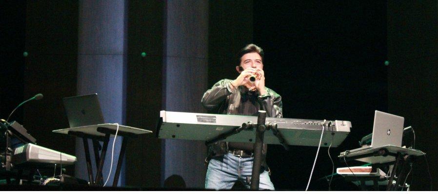 Luis Códice en Concierto