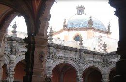 El Claustro de San Agustín a Través de Tus Sentidos