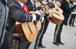 When Mexico Sings with a Mariachi