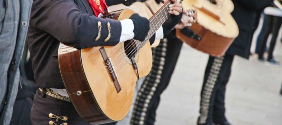 Cuando Canta México con Mariachi