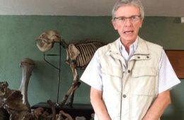 Charla con Roberto Malvido (Director del Museo Paleontol�...