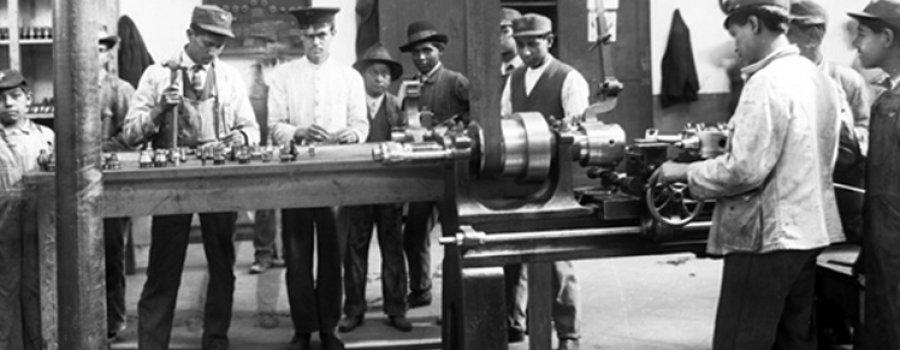 13 de octubre de 1917: Se crea el Departamento de Asuntos Fabriles