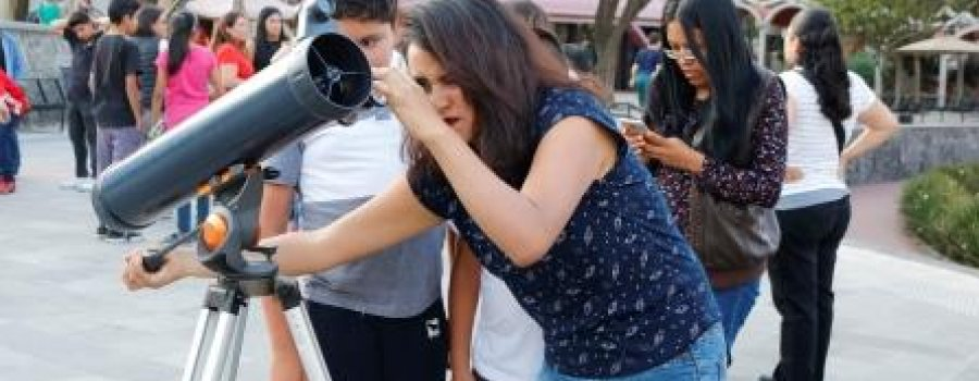 Observación solar por proyección ocular