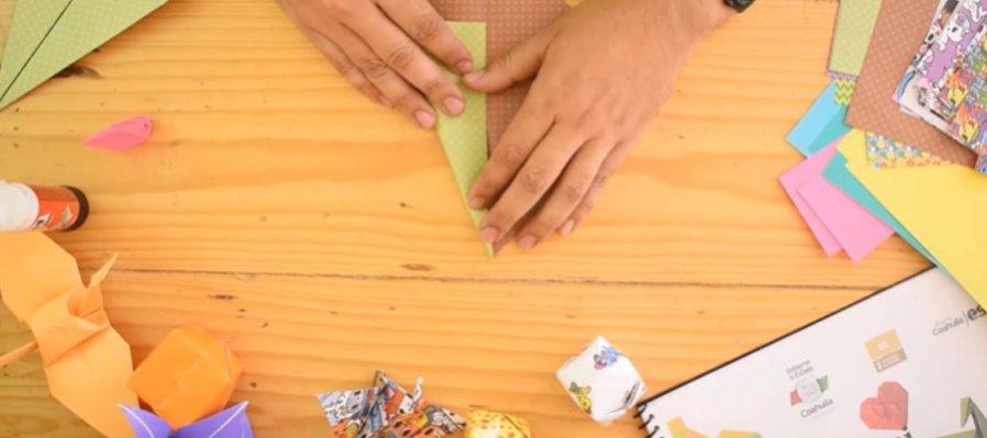Taller de origami para hacer un árbol y un conejo