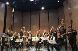 Orquesta de Saxofones de la Facultad de Música de la UNA...