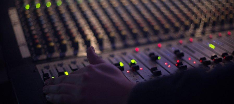 Taller de producción musical y diseño sonoro