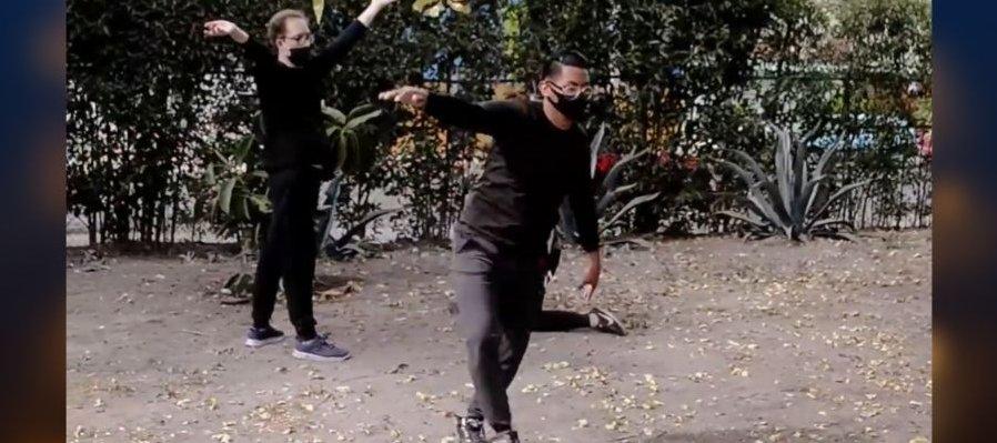Hermanos en el parque, Danza en el espacio público