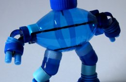 Robot con tapa roscas