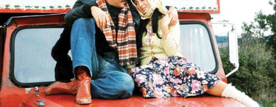 Selvi Boylum Al Yazmalım / The Girl with the Red Scarf
