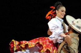 Son de México X Aniversario, Grandeza y Costumbre