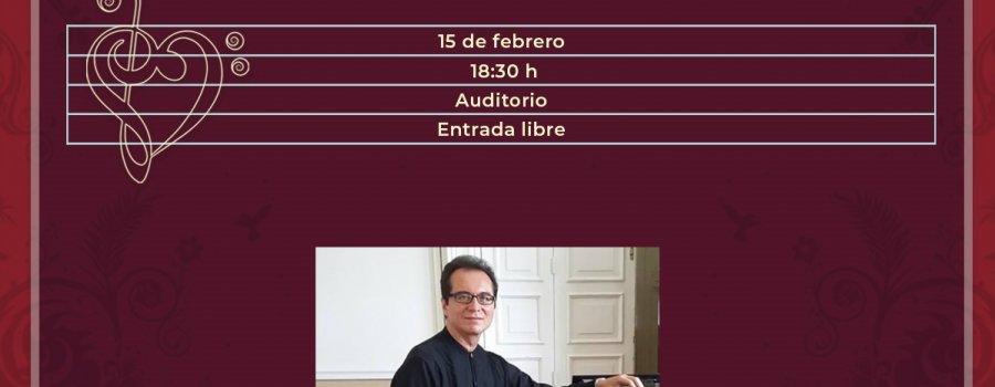 Daniel Rodríguez al piano